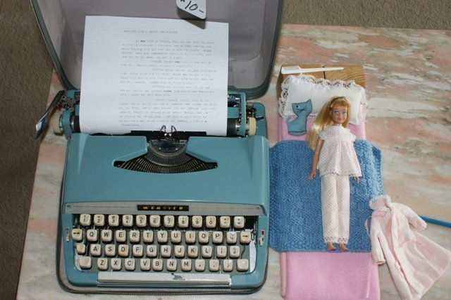 Skipper and the new typewriter