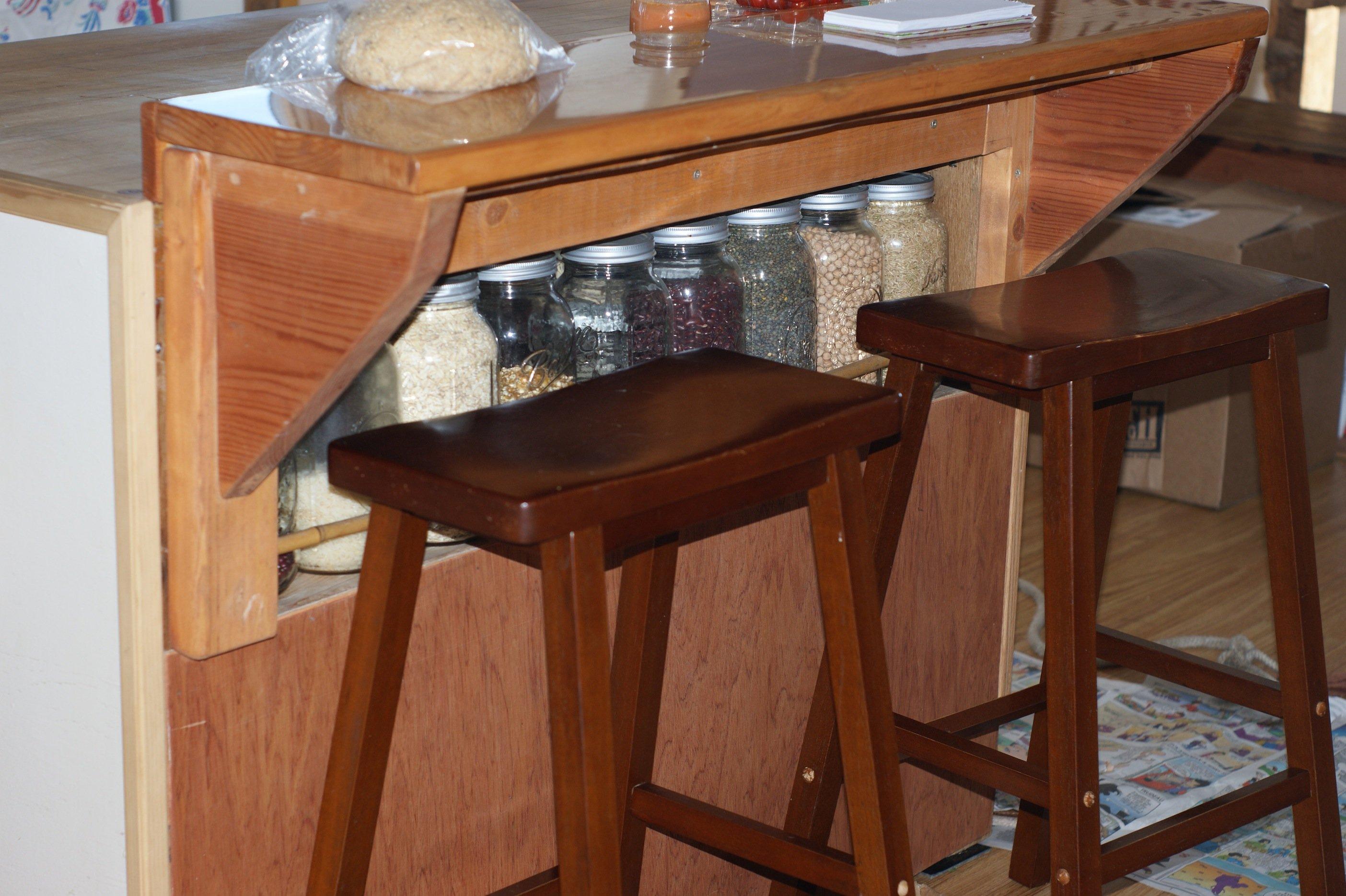 Kitchen bulk shelf