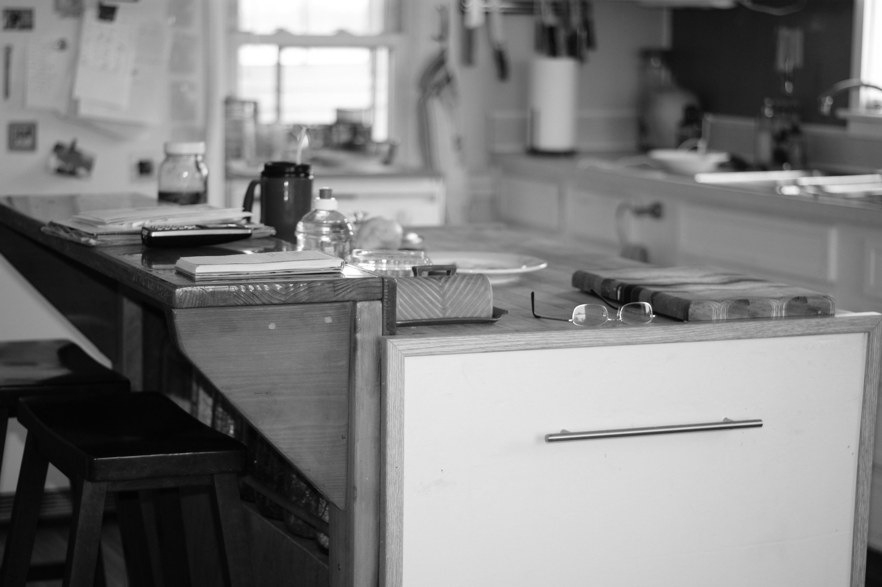 kitchen in b+w