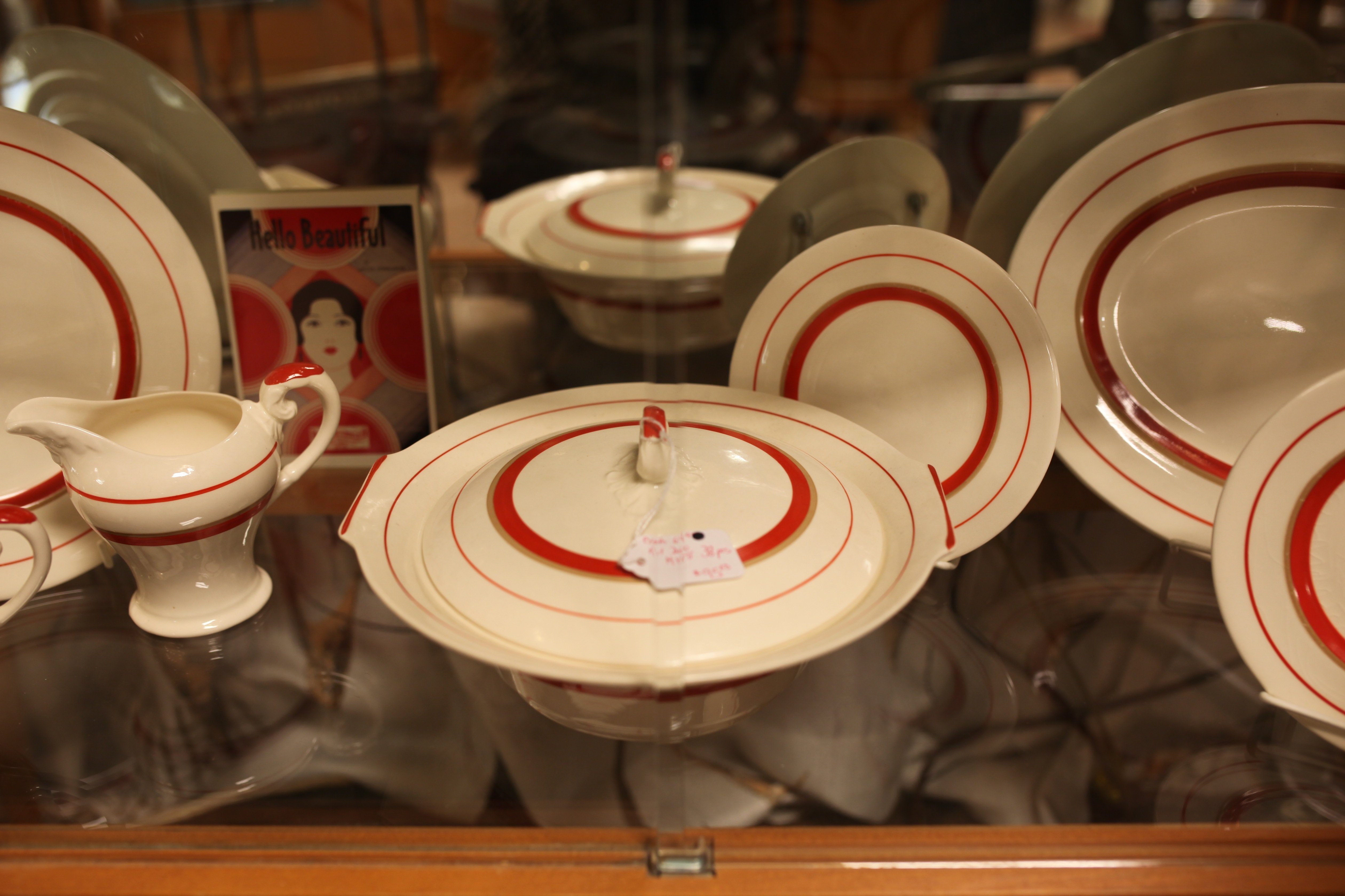 antiques red plates