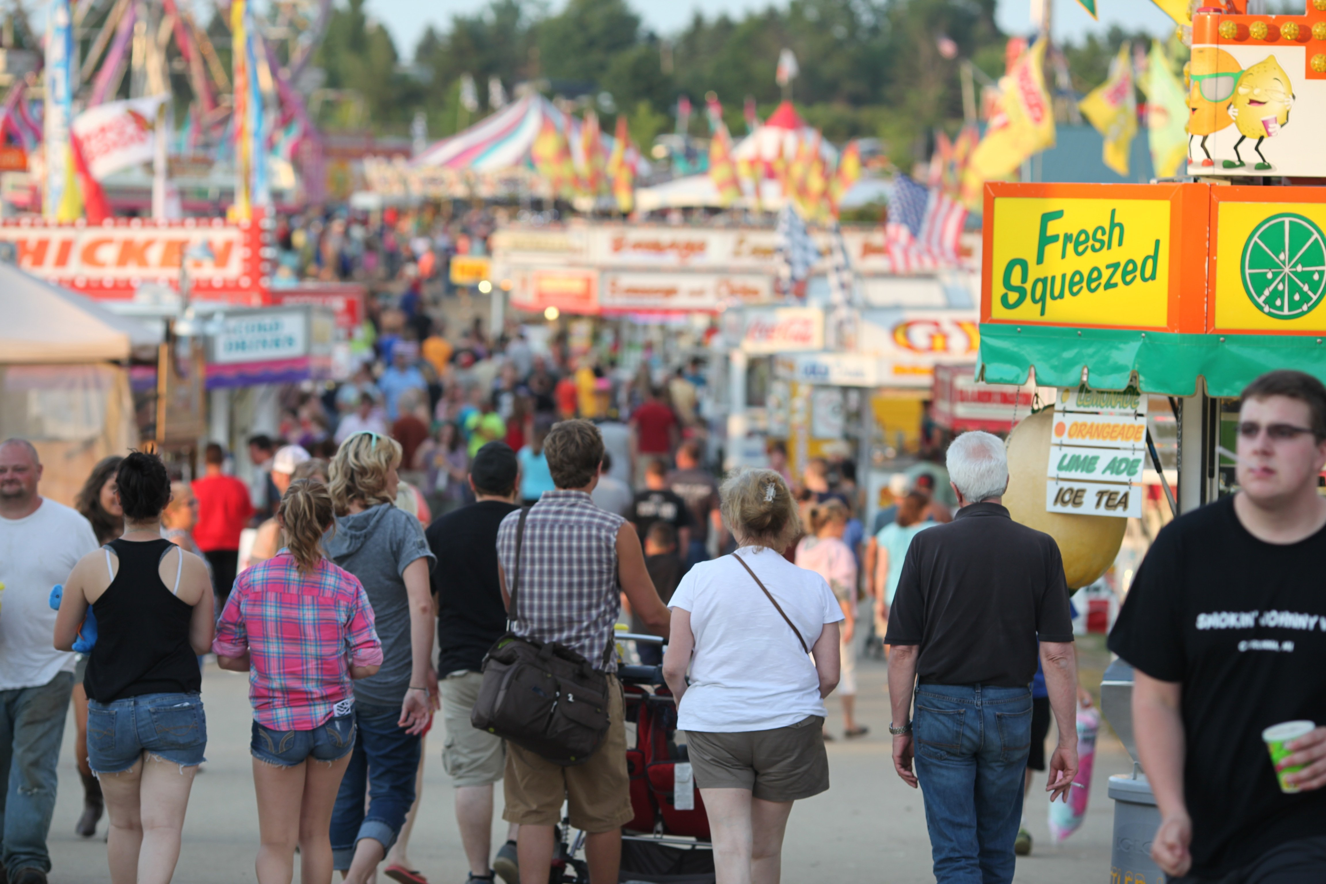 walking to midway 2014 fair